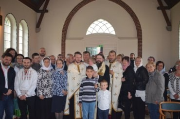 Preasfințitul Macarie a slujit a doua zi de Rusalii în Mănăstirea Ortodoxă Suedeză Sfânta Treime din Bredared, Suedia
