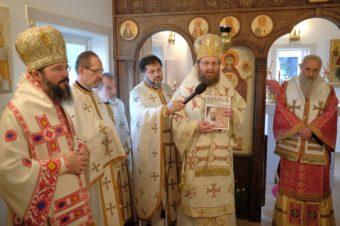 Trei ierarhi ortodocși români au slujit la Stockholm de sărbătoarea Sfântului Apostol Andrei