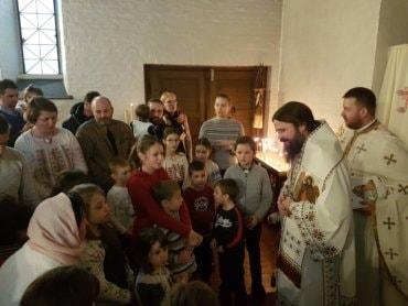 Slujiri ale Preasfințitului Părinte Episcop Macarie în Suedia și Norvegia. Ierarhul român a avertizat cu privire la gârbovirea omului produsă de dependența de noile tehnologii