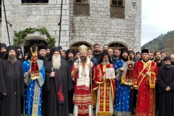I praise God for granting me the oportunity to serve in the beautiful Romanian Lakkoskiti in Mount Athos …
